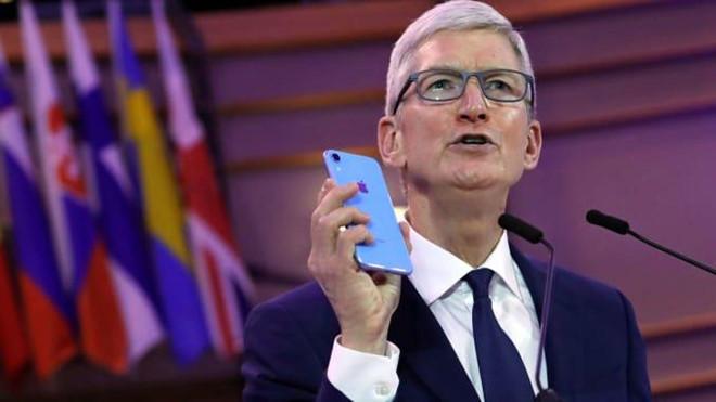 iPhone biến đàn ông thành đồng tính?