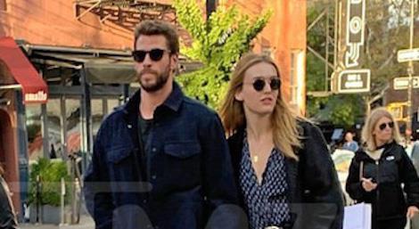 Liam Hemsworth hẹn hò với sao nữ gợi cảm sau ly hôn