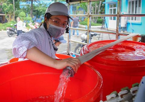 Viwasupco cấp nước trở lại nhưng khuyến cáo chỉ dùng tắm giặt