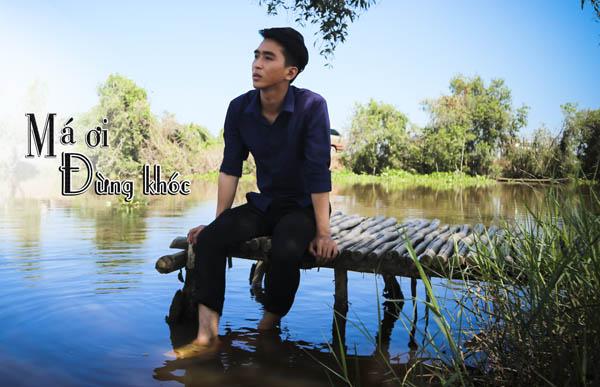 """Phim ca nhạc """"Má ơi đừng khóc"""" của Võ Minh Lâm ghi điểm với khán giả"""