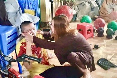 Nhóm người đập phá tịnh thất Bồng Lai vô cớ khiến dư luận bức xúc