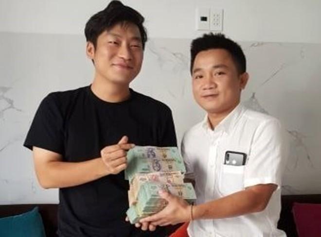 Du khách Hàn Quốc bỏ quên 1,6 tỷ đồng
