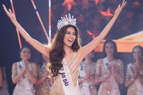 Khoảnh khắc đăng quang của Hoa hậu Hoàn vũ Nguyễn Trần Khánh Vân