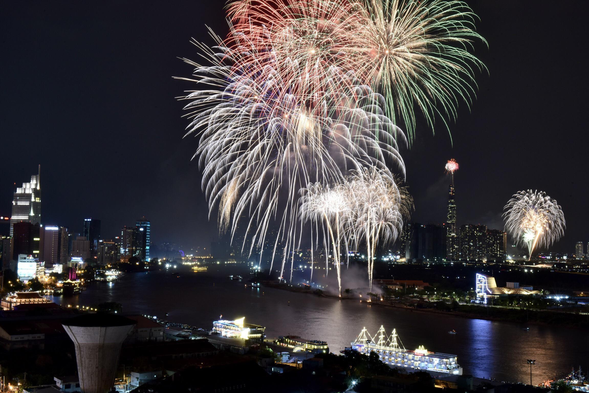 Phong tỏa Vinhomes Central Park để bắn pháo hoa đón năm mới 2020