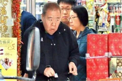Ảnh đế nặng ký nhất Hong Kong già yếu, thất nghiệp