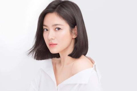 Song Hye Kyo đón Tết độc thân sau khi ly hôn Song Joong Ki
