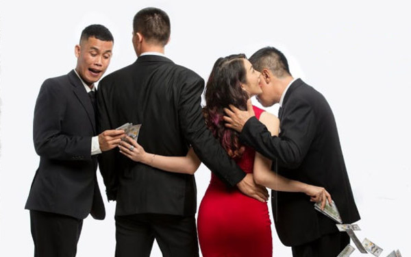 """Phim """"Tiền nhiều để làm gì?"""" khiến khán giả Việt hài lòng về thông điệp phim sâu, hình ảnh chỉn chu và giàn diễn viên tròn vai sắc xảo"""