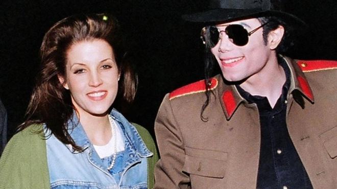 Vợ cũ tiết lộ đã cứu Michael Jackson khỏi cáo buộc quấy rối trẻ em