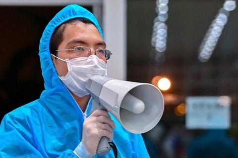 89 nhân viên y tế của 4 bệnh viện bị cách ly vì tiếp xúc ca bệnh 237