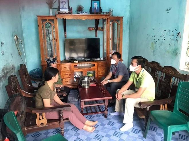 Bí thư, chủ tịch phường ở Quảng Ninh đến nhà xin lỗi người bán rau