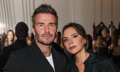 Victoria - David Beckham bị chỉ trích vì vay tiền để mua bất động sản