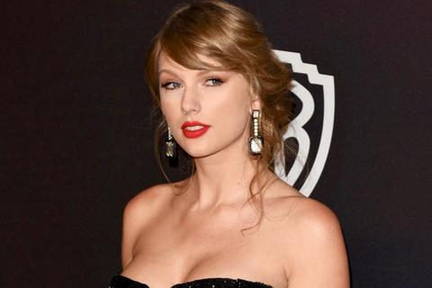 Taylor Swift bán phi cơ triệu USD
