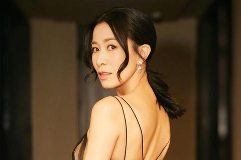 Xa Thi Mạn - Ảnh hậu Hong Kong giàu sụ, cô đơn sau thị phi giật chồng