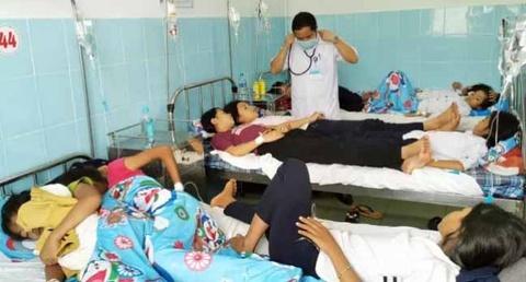 135 học sinh nhập viện sau khi ăn bánh mì