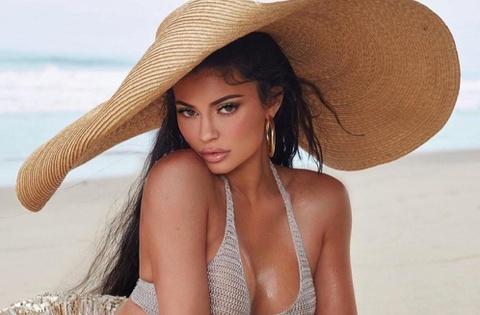 Kylie Jenner và loạt mỹ nhân Hollywood ê chề vì nói dối