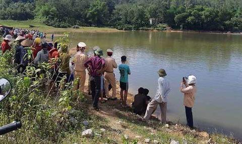 Ba học sinh tiểu học tử vong khi tắm ở đập nước