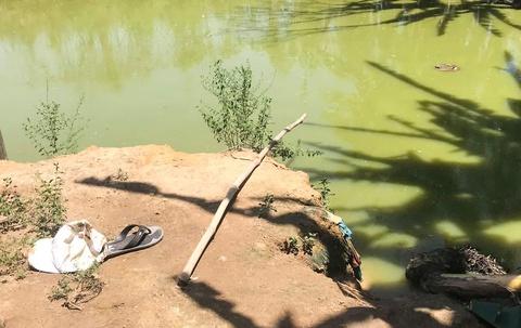 Hai cha con bị điện giật tử vong khi bắt cá