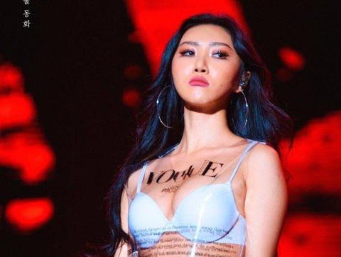 Ba nữ ca sĩ sexy được Lee Hyori chọn để lập nhóm nhạc