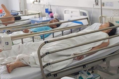 22 người nhập viện cấp cứu sau khi dự tiệc cưới