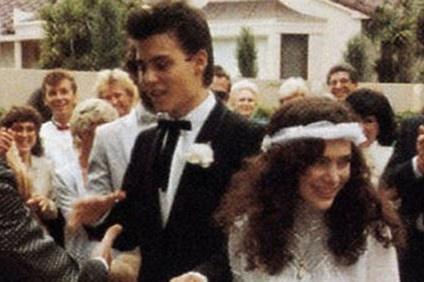 Johnny Depp phụ bạc người vợ đầu tiên