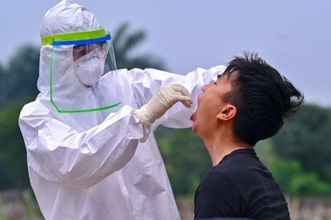 Nhân viên điều hành xe buýt Hà Nội nghi mắc Covid-19