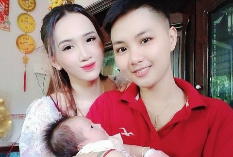 Ông bố chuyển giới lựa chọn sinh con dù mạo hiểm
