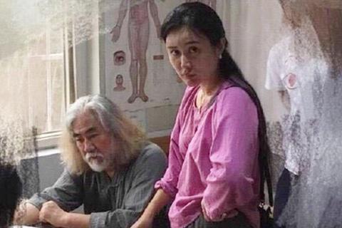 Đạo diễn Trương Kỷ Trung lại lên chức cha ở tuổi 69