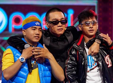 Bàn tay Wowy ở vòng Đối đầu Rap Việt