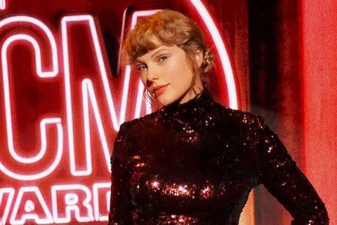 Taylor Swift nổi bật tại lễ trao giải ACM Awards
