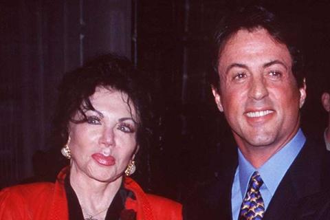 Ngôi sao hành động Sylvester Stallone tri ân mẹ