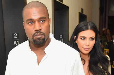 Kim Kardashian chụp ảnh với chồng sau tin rạn nứt