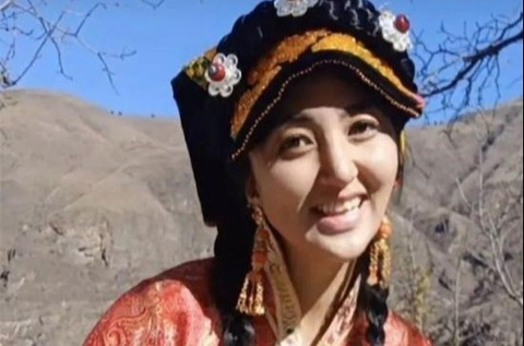 Nữ nghệ sĩ Trung Quốc qua đời sau khi bị chồng cũ tấn công