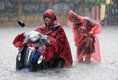 Bão số 7 gây mưa rất lớn ở Hà Nội