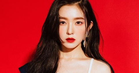 Irene (Red Velvet) thừa nhận lăng mạ BTV thời trang trong 20 phút