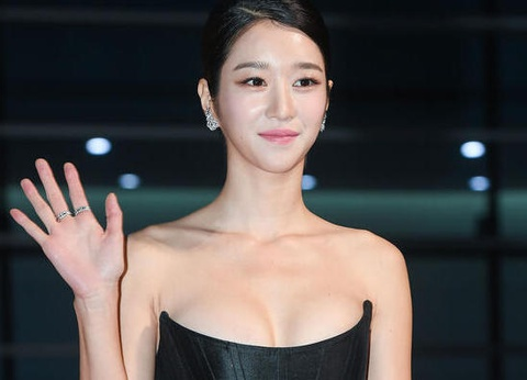 Seo Ye Ji chiến thắng tại Buil Film Awards 2020