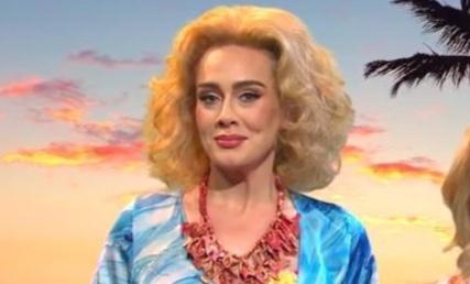 Adele bị chỉ trích khi đóng hài kịch phản cảm về đàn ông châu Phi