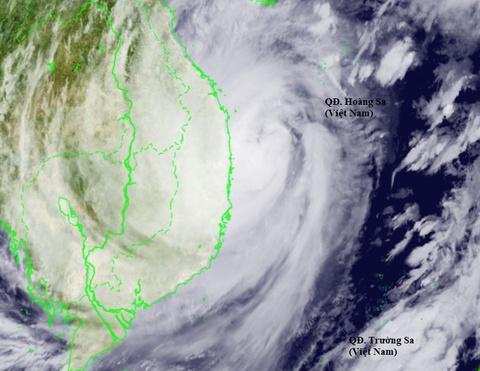 Bão số 9 áp sát Đà Nẵng - Phú Yên, mạnh cấp 13