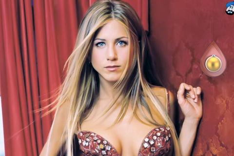 Jennifer Aniston kêu gọi không bỏ phiếu cho Kanye West