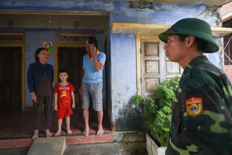Sơ tán người dân ven biển Quảng Ngãi