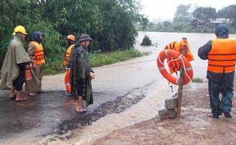 Hàng trăm nhà dân ở Đắk Lắk bị ngập