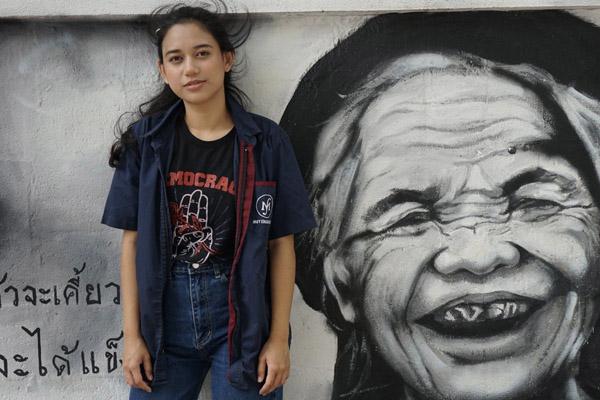 Cú sốc thất nghiệp của thanh niên châu Á