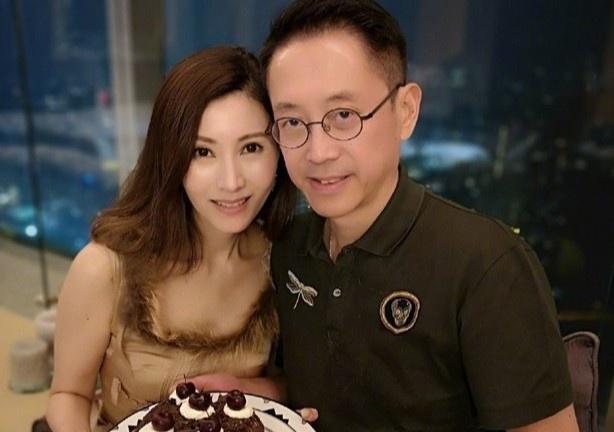 Lý Gia Hân và chồng tỷ phú kỷ niệm 12 năm ngày cưới