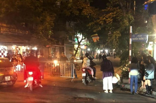 Phát hiện quả bom lớn chưa nổ tại trung tâm Hà Nội