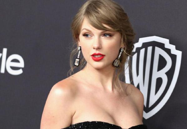 Taylor Swift bất ngờ phát hành album thứ 9