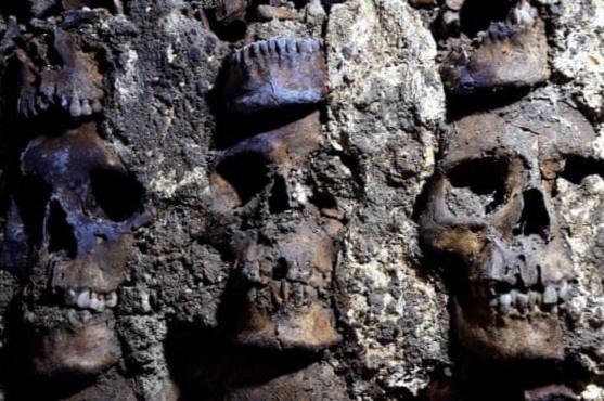 Phát hiện đoạn di tích mới của tháp sọ người ở Mexico