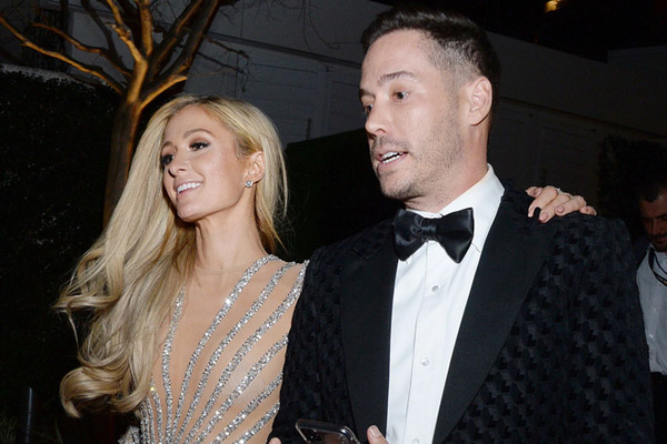 Paris Hilton tiến hành thụ tinh trong ống nghiệm