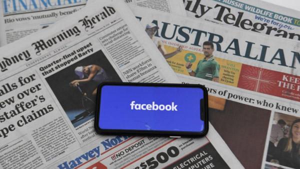 Facebook xuống nước tại Australia