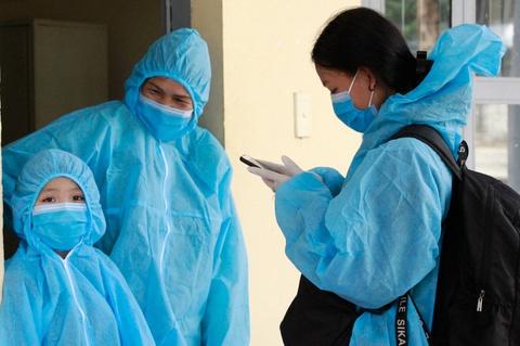Phong tỏa khu phố của nữ bệnh nhân tái dương tính với SARS-CoV-2