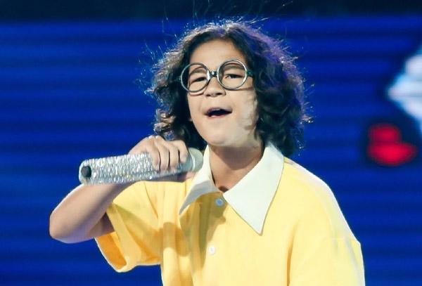 Con trai Huỳnh Kesley chiến thắng học trò BigDaddy