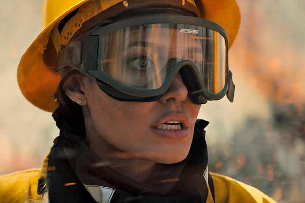 Angelina Jolie trở lại đóng phim hành động sau 11 năm